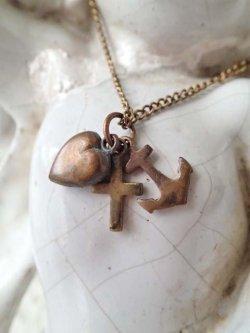画像1: 【キリスト教モチーフ3種十字架と錨と聖なる心臓】【3チャームセット】フランス・アンティーク&ヴィンテージメダイ